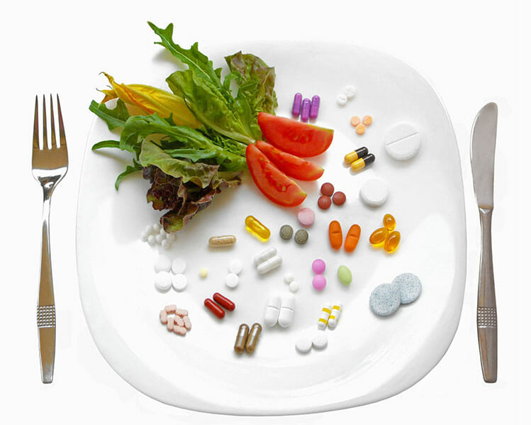 tallrik av vitaminer för veganer